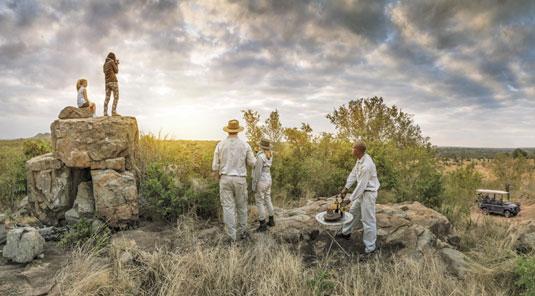 Enjoy Game Drive Sundowners at Dulini Safari Lodge located in the Big 5 Sabi Sand Game Reserve in South Africa