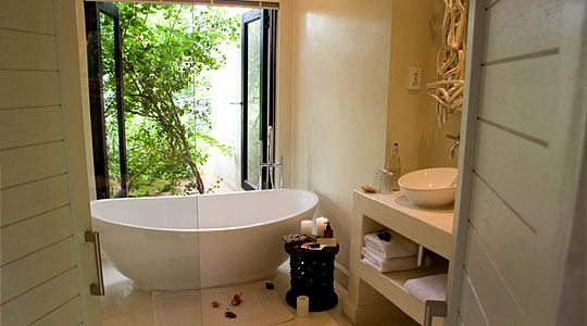 Luxury Rooms Bathroom South African Big Five Safari Sabi Sand Lion Sands River Lodge Private Game Reserve Sabi Sand Game Reserve
