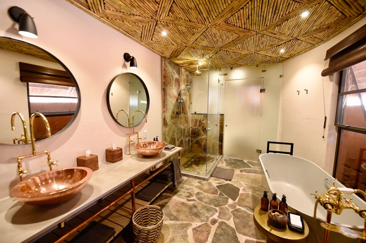 Luxury Suite bathroom  Mala Mala Main Camp Mala Mala Private Game Reserve Sabi Sand Private Game Reserve Accommodation Booking