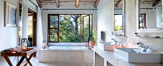 Luxury En-suite bathroom Nottens Bush Camp Nottens Private Game Reserve Sabi Sands Game Reserve Accommodation bookings