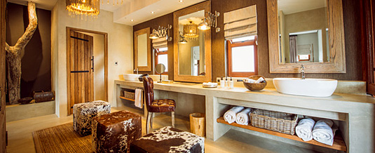 Bush Lodges Luxury Villas En-suite Bathroom Family Suites