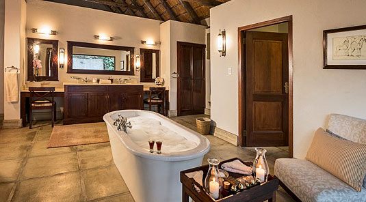 Savanna Suite bathroom outdoor shower Luxury Accommodation Savanna Private Game Reserve Sabi Sands Reserve Accommodation bookings