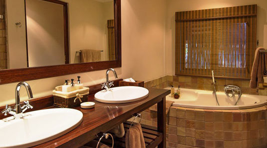 Luxury Chalet Inyati Game Lodge Inyati Private Game Reserve Sabi Sand Game Reserve South Africa